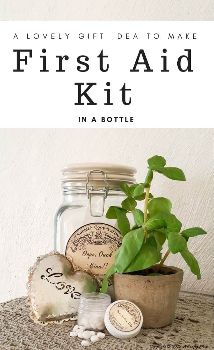 Such a cool gift idea - a first aid kit in a bottle #giftIdeas #DIYFirstAidKit #ChristmasGifts