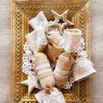 Recycle those toilet rolls and make your own festive Burlap Christmas crackers - How to on the blog #ChristmasDecor #ChristmasCrafts