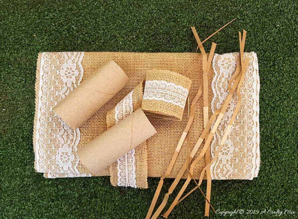Recycle those toilet rolls and make your own festive Burlap Christmas crackers - How to on the blog