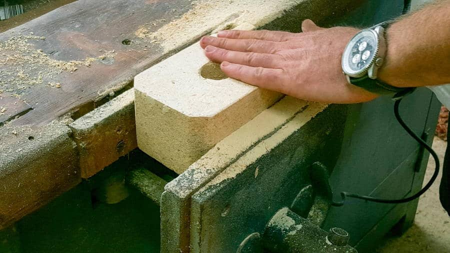 Sand the pallet blocks until they're smooth