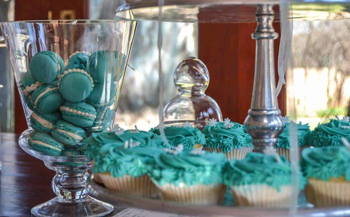 Tiffany blue macaroons and cupcakes