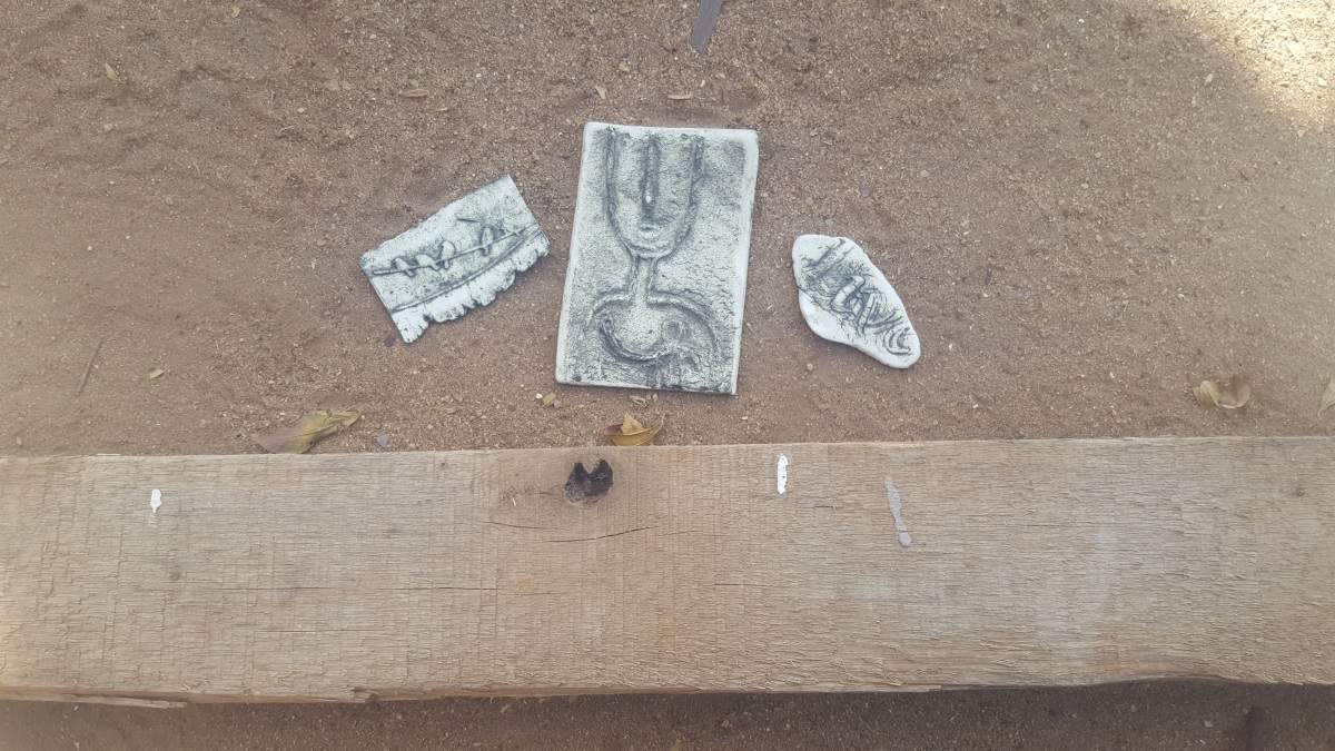 Tile bits and a pallet