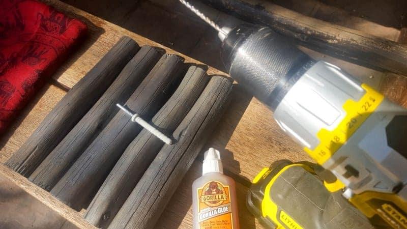 Drill a hole on the one end of the pole #scarfshelf #scarfupcycle #acraftymix #uniqueshelf #bohoshelf #roundwalls #DIYShelf