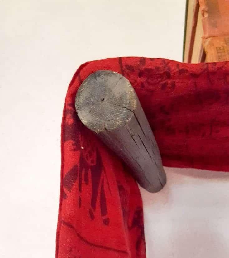 Hanging the scarf shelf #scarfshelf #scarfupcycle #acraftymix #uniqueshelf #bohoshelf #roundwalls #DIYShelf