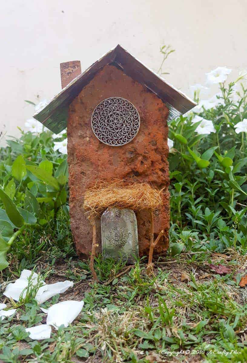 Why buy a fairy house when you can make your own using what you've got at home. Like this one we made this morning using a brick and a cardboard beer box. How to on the blo