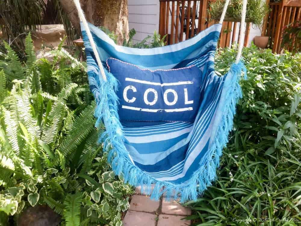 How to make a hammock in an afternoon. Easy DIY #DIYHomeDecor #Hammock #LazySummer #DIYTutorial