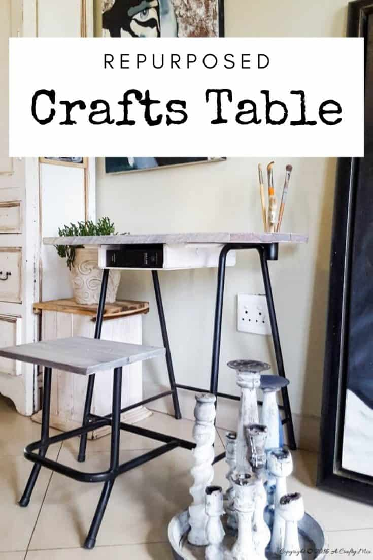 Rustic metal frame art and crafts table made with pallets. #Repurposing #VirtualGiftSwop #IBCChallenge #ACraftyMix #UpcyclingFoundObjects #UpcycledDecor #Repurposedcrafttable