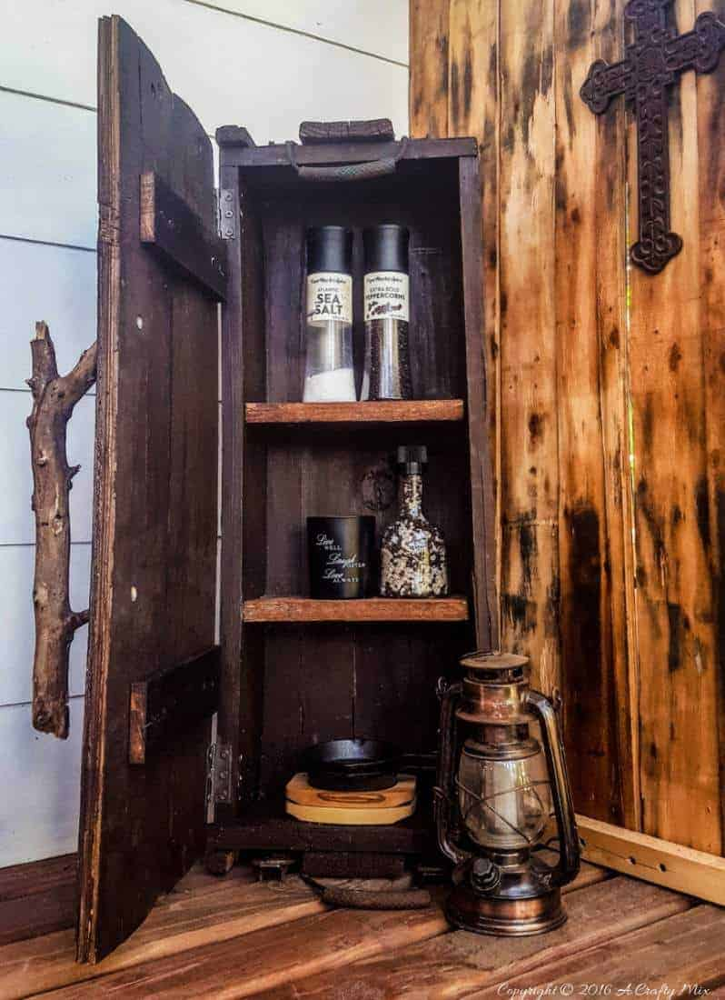 How to turn a vintage ammunition box into a small kitchen cupboard