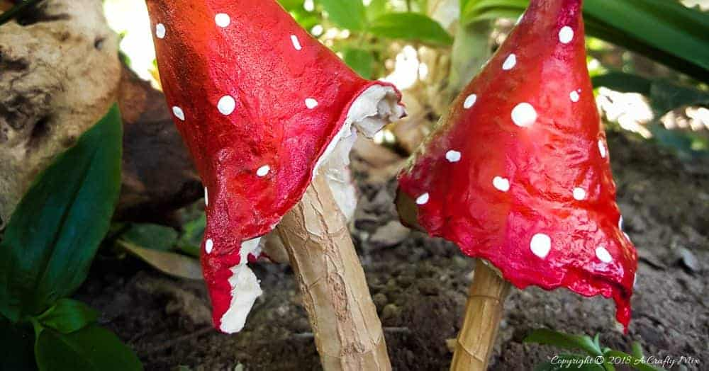Crafting is fun. How to make baked cotton ball mushrooms with things you have at home. #CraftMushrooms #CottonCrafts #FairyGarden #CottonOrnaments #CraftTutorial