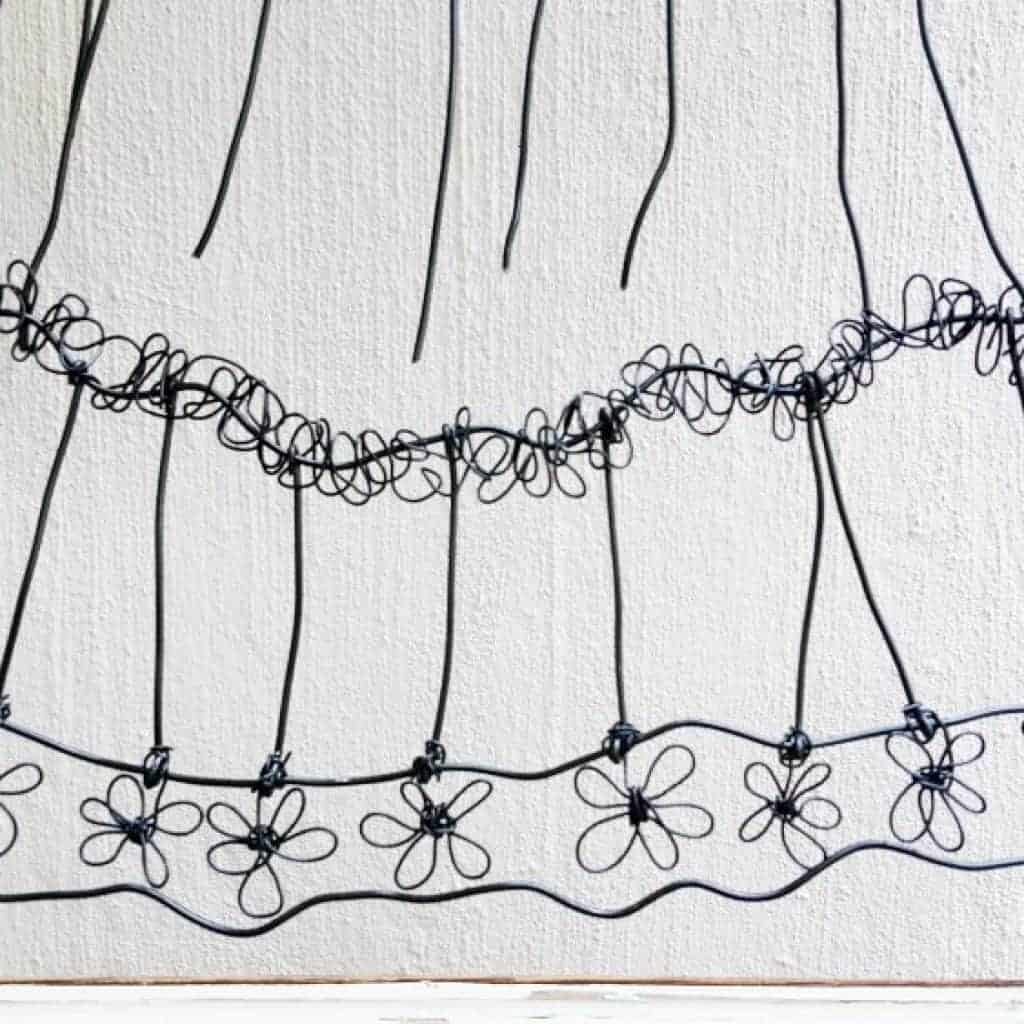 Bending the wire to make flowers with video tutorial #WireArt #DIYTutorial #WallDecor