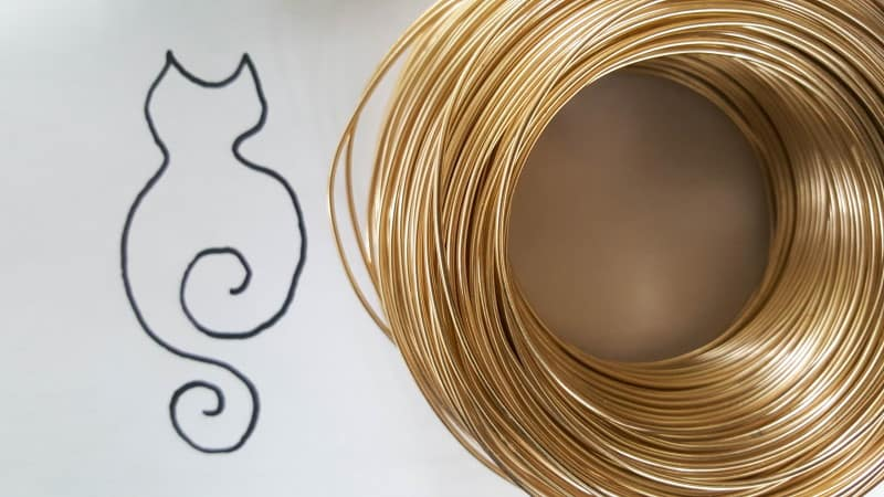 What you need to make the wire kitty art memorial