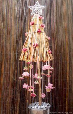 How to Make a Unique Broom Christmas Tree
