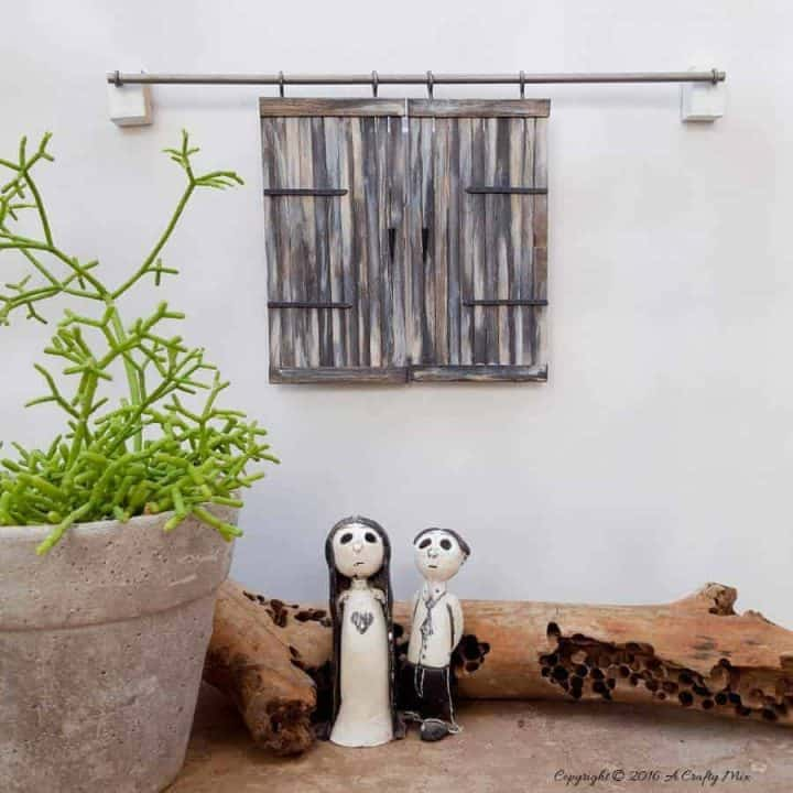 How to Build Miniature Barn Doors – Easy DIY