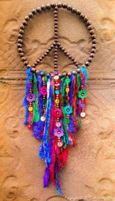 How to Make a Silky Bohemian Dreamcatcher
