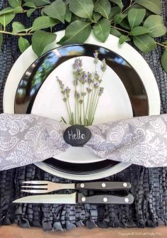 10 Minute Pebble Napkin Rings That Rock